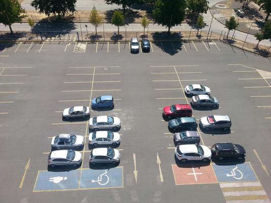 Estacionamientos del Colegio Concepción de Chillán